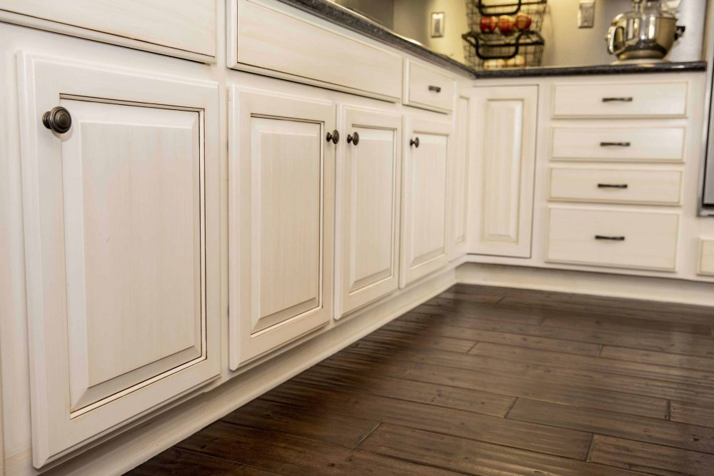 Fine Finish Refinish Quality Cabinet Refacing Refinishing Painting